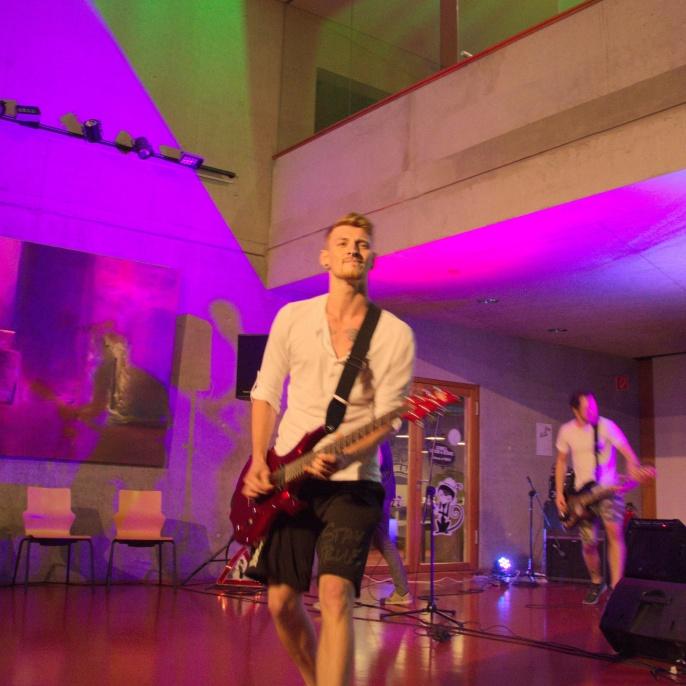 Meraki Juli 2016 - Band: Einmal mit Profis