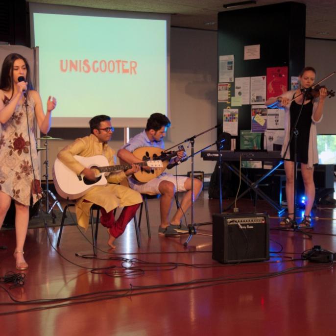 Meraki Juli 2016 - Band: Uniscooter