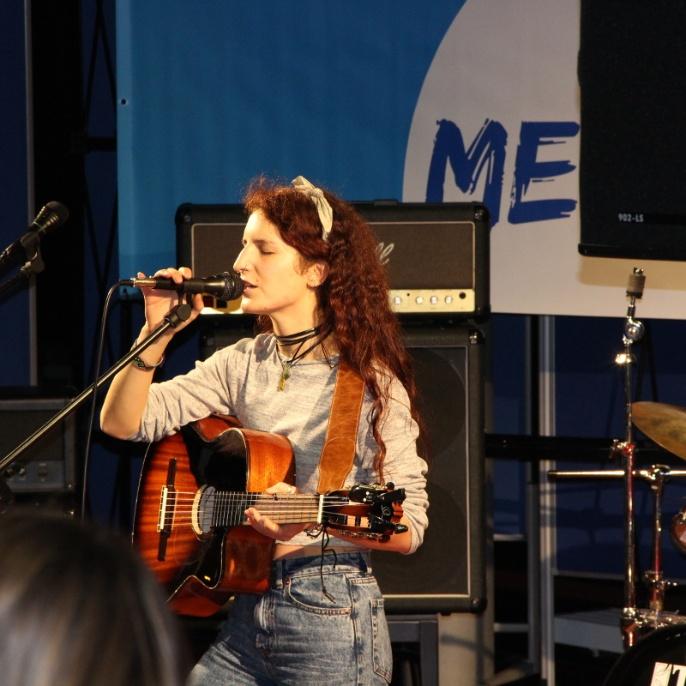 Meraki November 2017 - Amanda Ghatorra